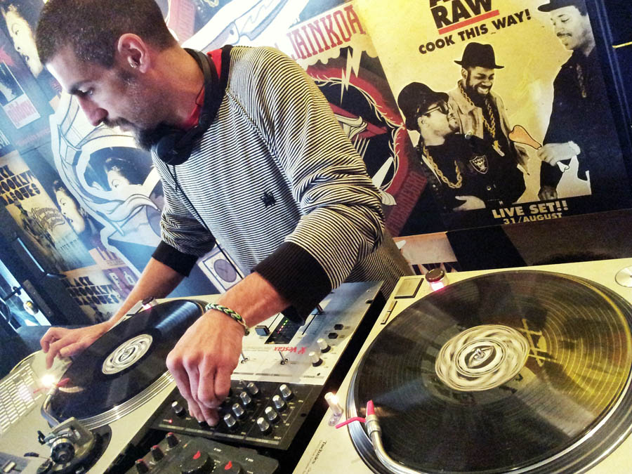 DJ-PARRUCHO moztua 900 x