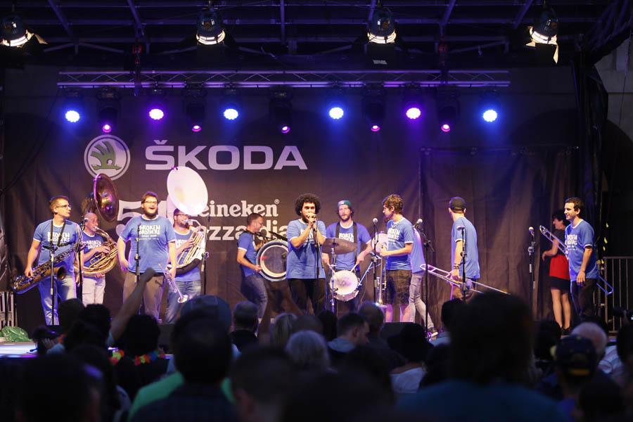 Broken Brothers Brass Band_ x 900 c Lolo Vasco_Heineken Jazzaldia_02