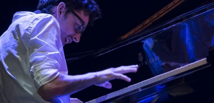 El pianista y compositor francés Adrien Brandeis es el ganador del Rising Stars Jazz Award, que promociona a los artistas europeos jóvenes
